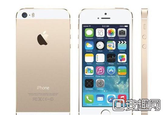 iPhone 5SE配备的是特制的A8处理器,内存方面则是标配1GB,但也有可能是1.2GB左右。功能方面,加入了NFC近场通信功能,还支持VoLTE功能。 苹果4寸屏新机背面标记的是iPhone SE,而不是E,至于作为型号后缀名称出现的SE同样是在方框内,但iPhone 6s不同的地方则是多了一个字母E,所以该机的型号应该叫iPhone 5 SE!