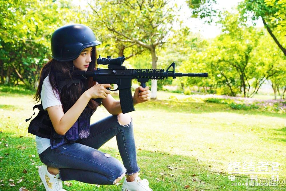 图5:有枪有盔,随时吃鸡.jpg